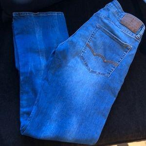 American Eagle men's active flex jeans. Sz 31x32